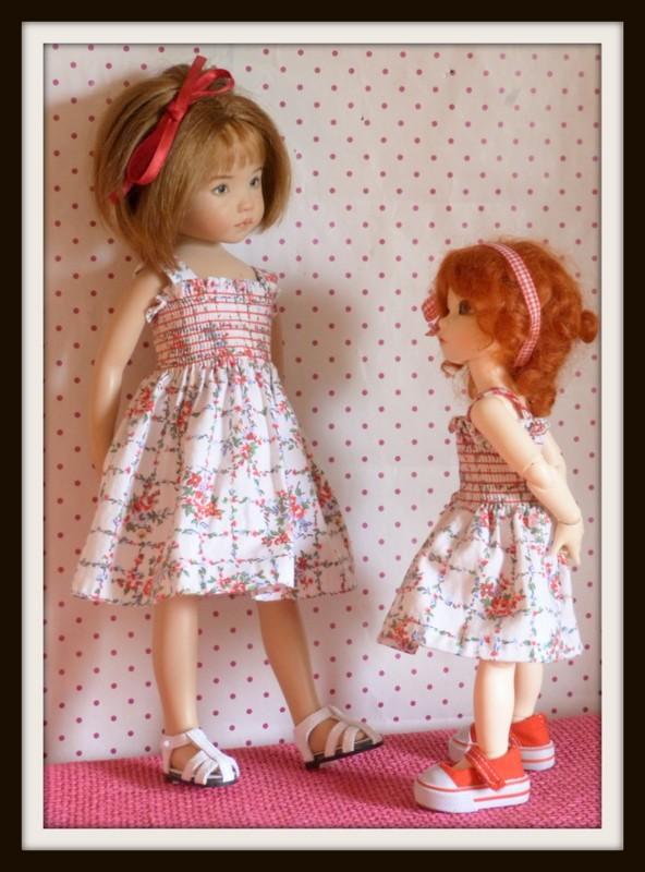petites soeurs en robes jumelles P1070815
