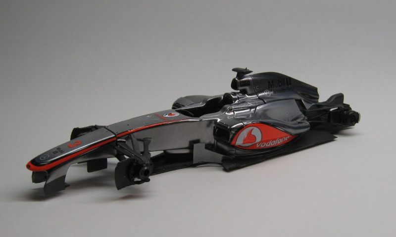Mclaren Mercedes MP4-27 2012 - Page 2 Img_1814