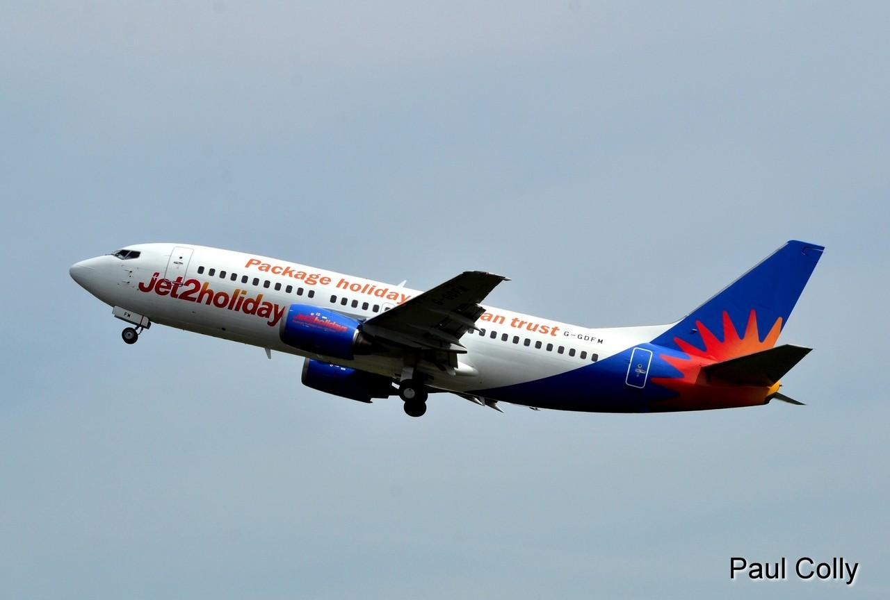 Boeing 737-300 Jet2 Holidays et Dash 8 Q-400 Flybe G-JEDP Jet_2_10