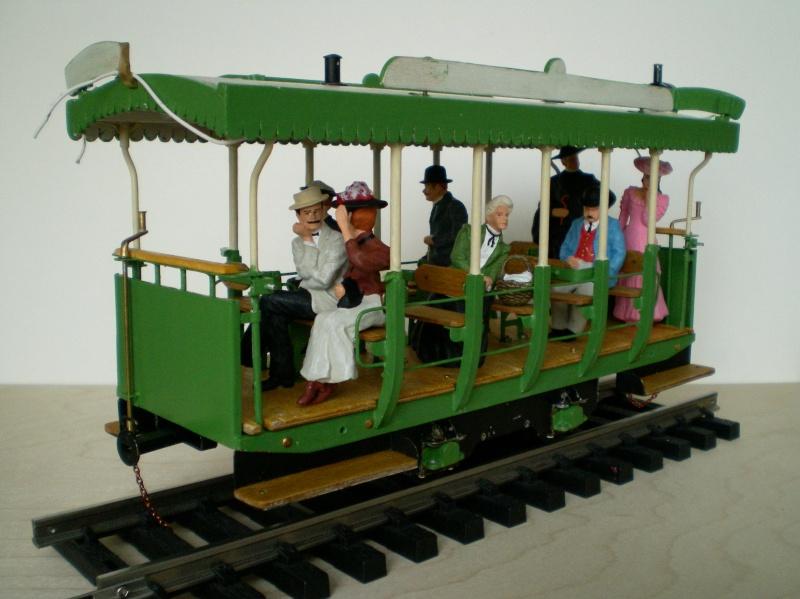 Straßenbahntriebwagen mit Sommerwagen entsteht Maßstab 1:24 Bild1011