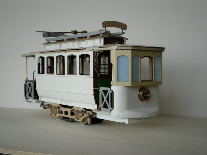 Straßenbahntriebwagen mit Sommerwagen entsteht Maßstab 1:24 Triebw11