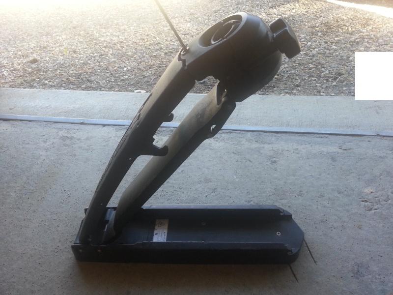 Donne pied de moteur avant motorguide 20130512