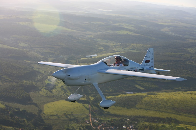 CEA-308 - A Brazilian Racer Airplane developed by Aeronautical Engineering Students Img_6310
