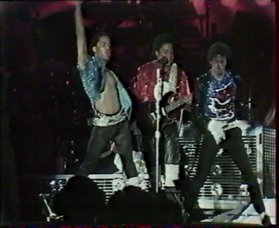 [DL] The Jacksons In Los Angeles Victory Tour Report 1984 Los_an12
