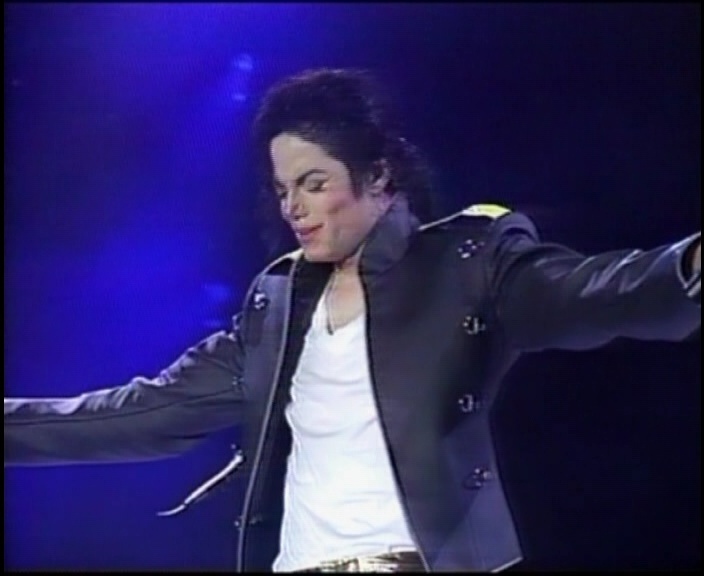 [Download] Michael Jackson - History Tour Live in Seoul  2 DVD's Seoul_21