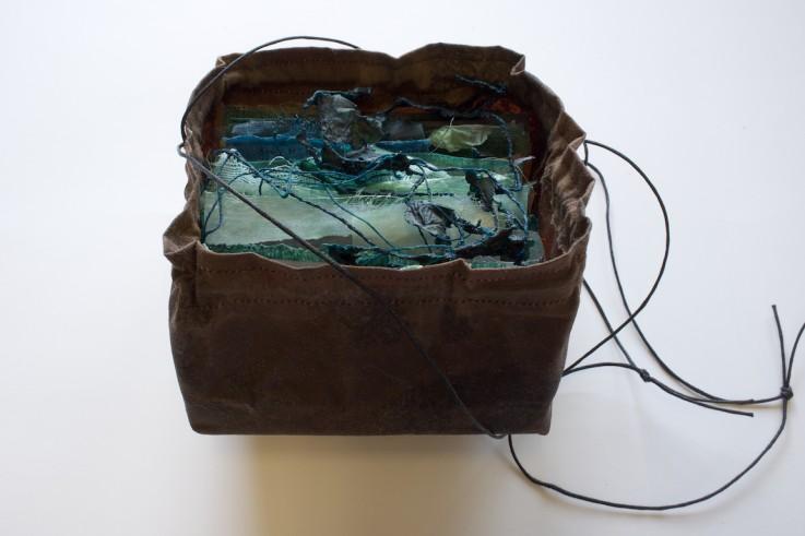 [Art] Livres objets-Livres d'artistes - Page 6 Bookin10
