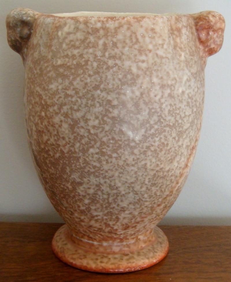 PV-110. Rams Head vase in stonehenge glaze Dsc05415