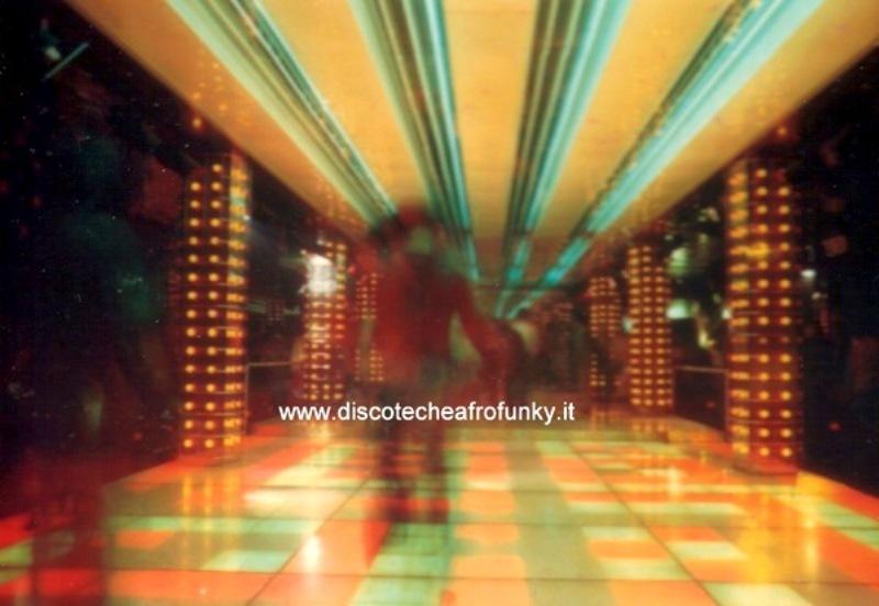I video musicali preferiti dai Lotus Driver - Pagina 3 Cosmic19