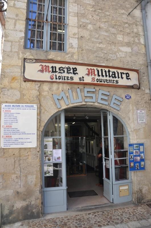 MUSEE MILITAIRE DE PERIGUEUX Cb59a110
