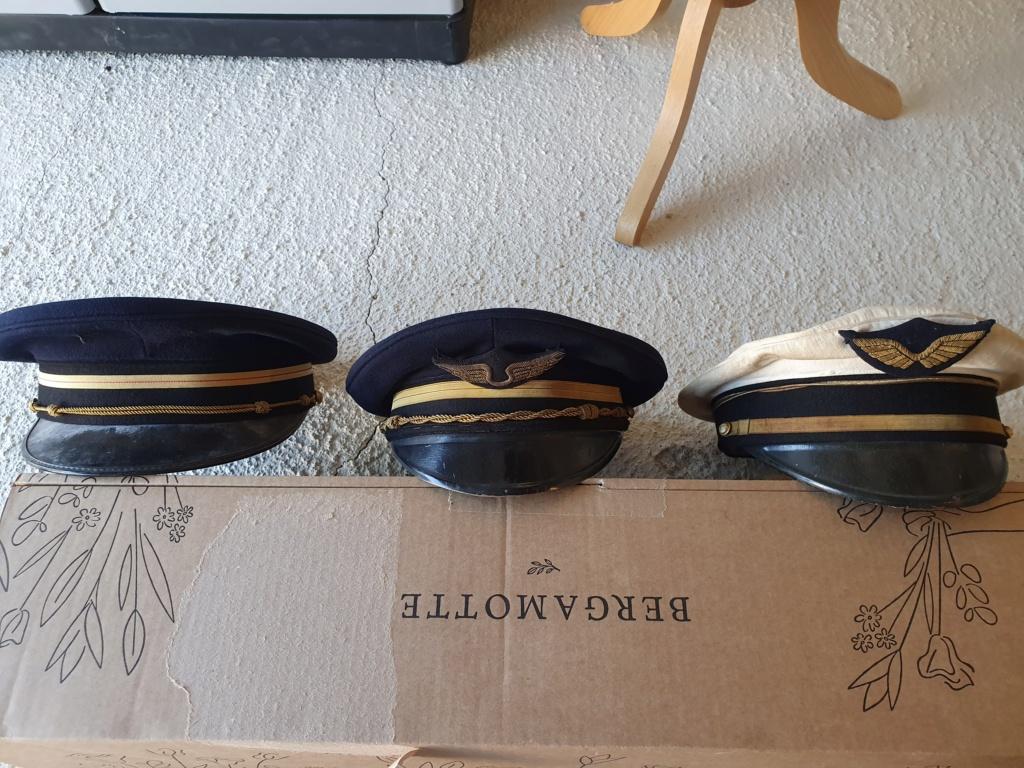Datation plusieurs casquettes armée de l'air 20210624