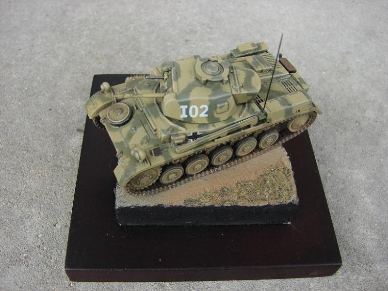 Panzer II Ausf F - Front de l'Est 1943. [Revell/Matchbox - 1/76] Dsc09128