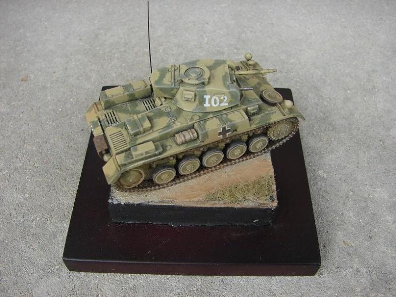 Panzer II Ausf F - Front de l'Est 1943. [Revell/Matchbox - 1/76] Dsc09129
