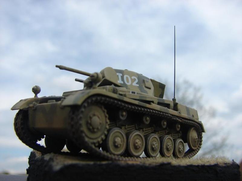 Panzer II Ausf F - Front de l'Est 1943. [Revell/Matchbox - 1/76] Dsc09130