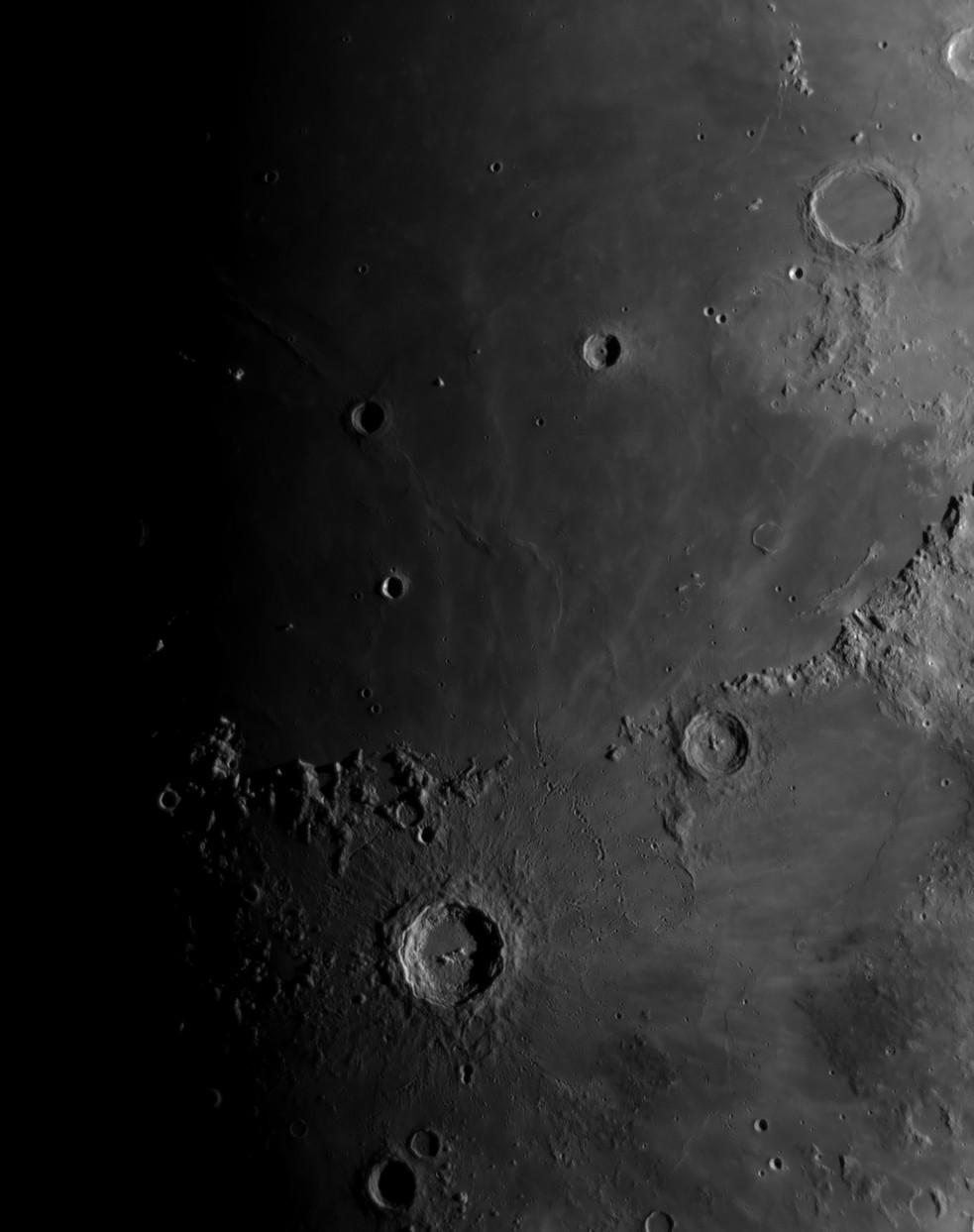 La Lune - Page 28 Autour10
