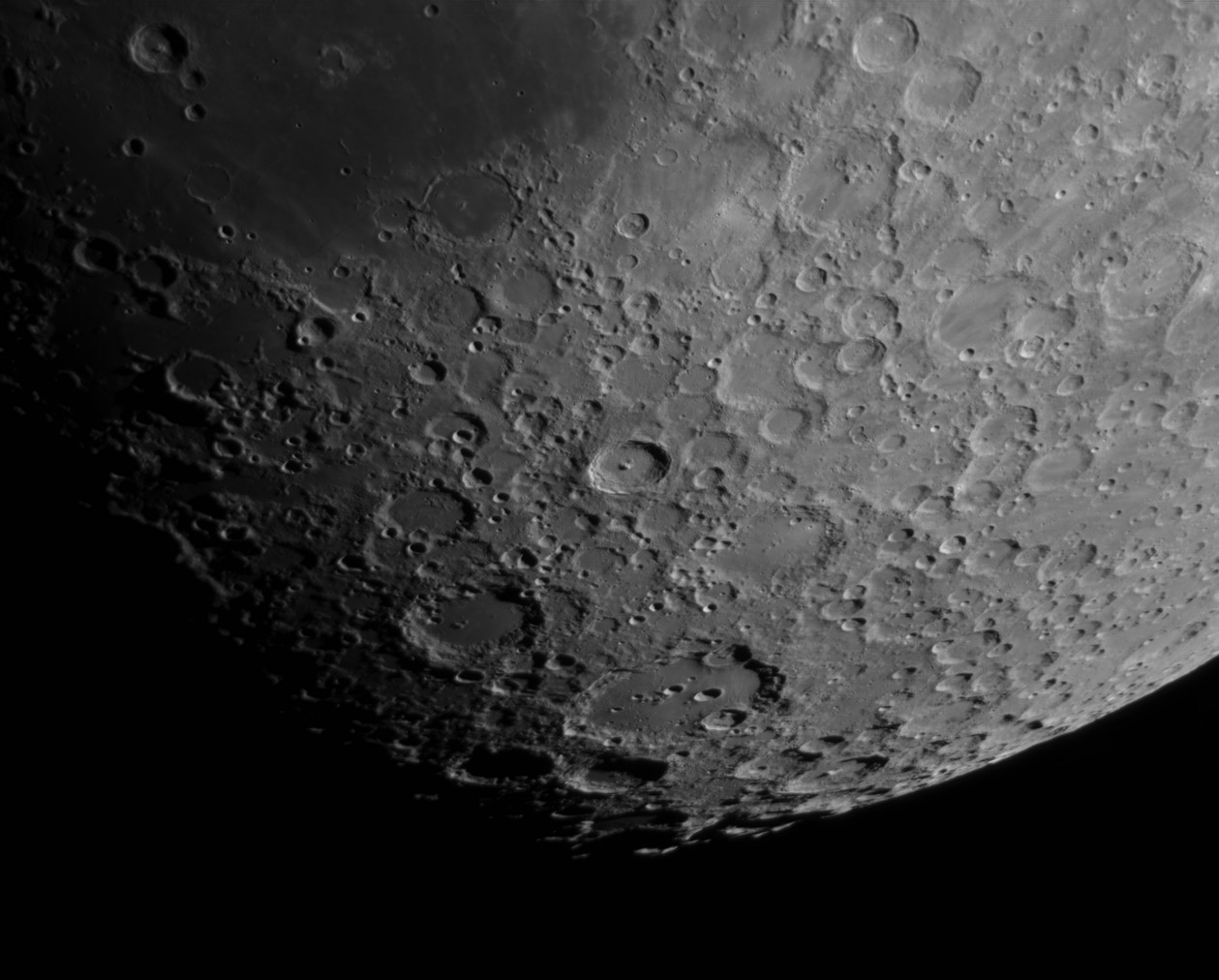 La Lune - Page 26 Claviu10