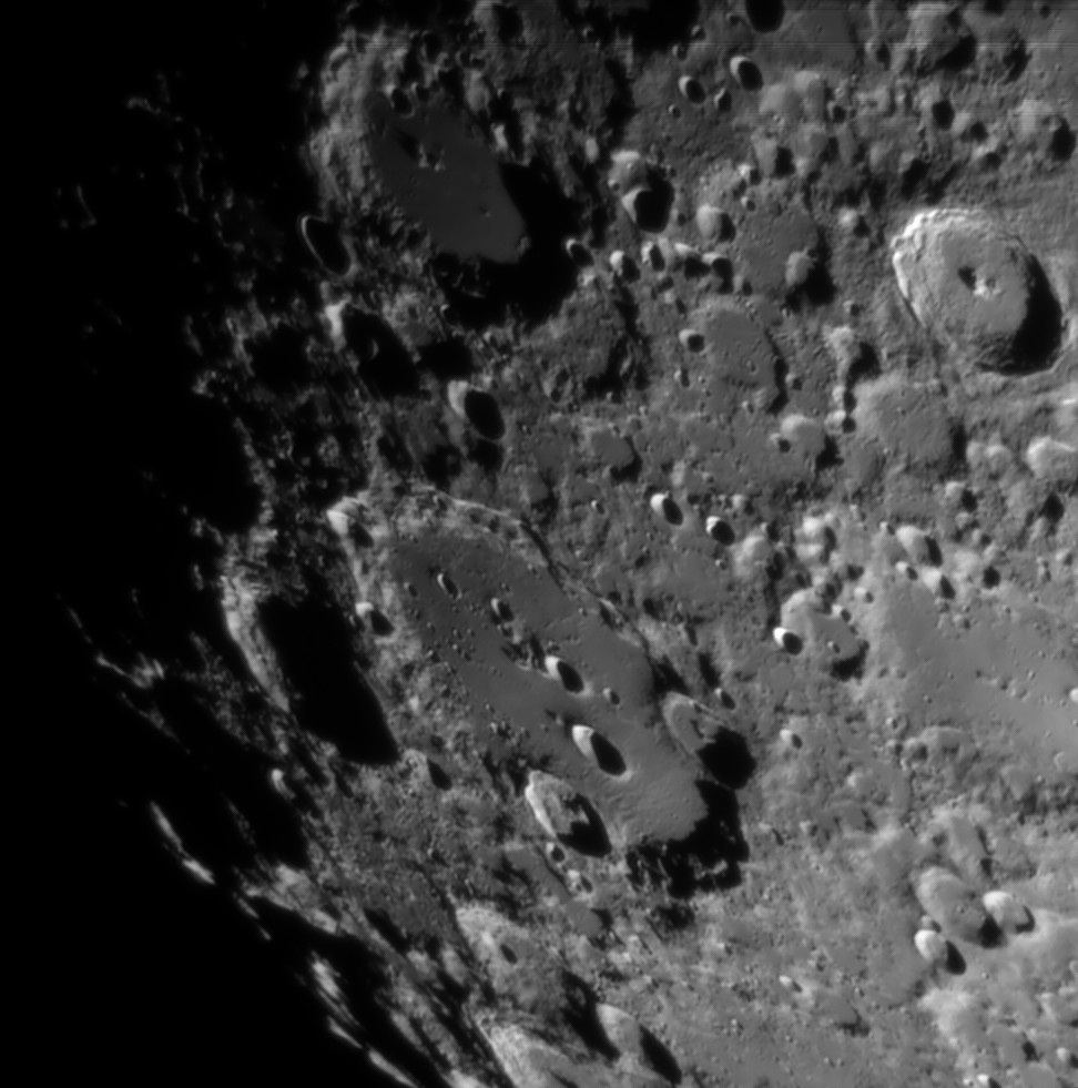 La Lune - Page 27 Claviu13