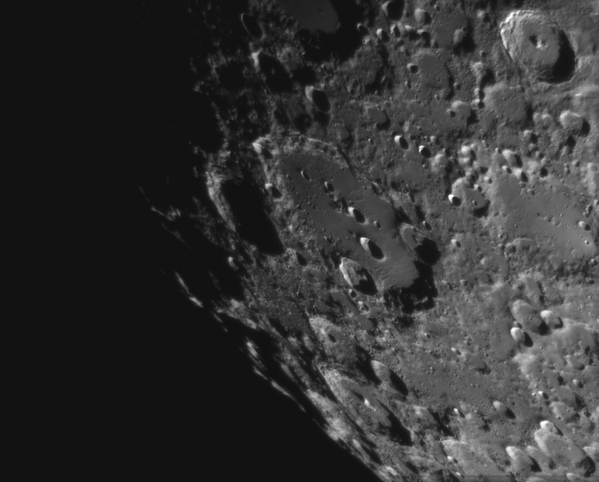 La Lune - Page 28 Claviu14