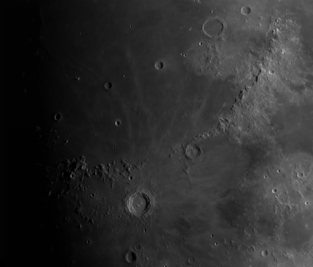 La Lune - Page 26 Copern10