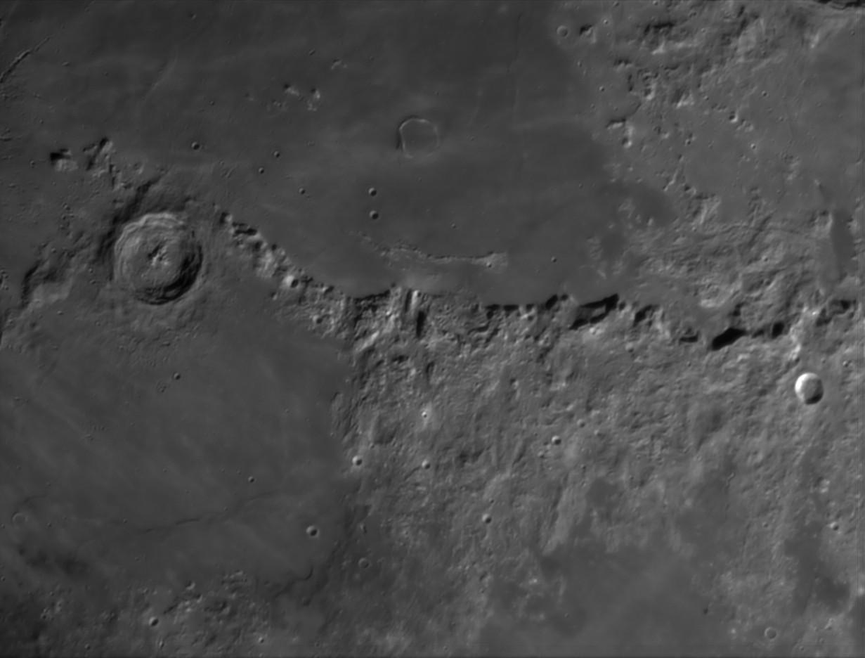 La Lune - Page 27 Eratho10