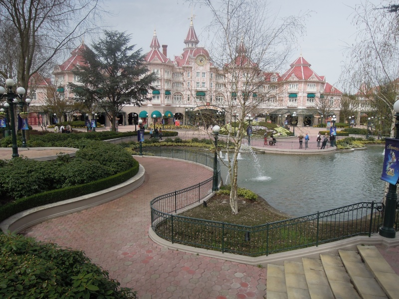 Journée du 16 avril 2013 - Disneyland Paris (Disneyland Park & Walt Disney Studios) Dscn7010
