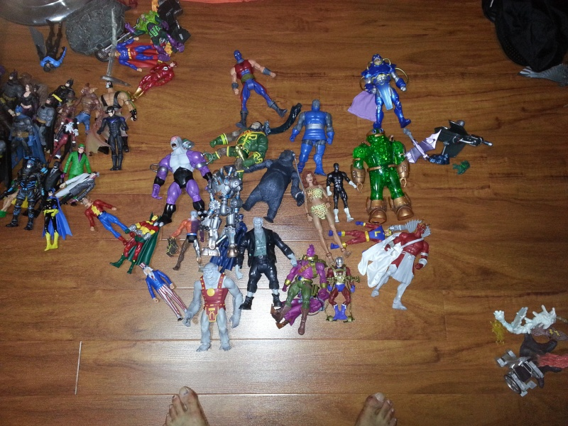 My Marvel Collection + DCUC + MOTUC  NEW !(last page). - Page 2 20130420