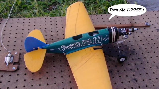 """Super PT-19 !!  IT FLYS !!!!!  (or, """"How I Test the Tensile Strength of Spider Wire !!) 4_13"""