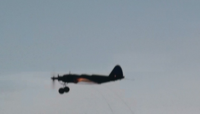 """Super PT-19 !!  IT FLYS !!!!!  (or, """"How I Test the Tensile Strength of Spider Wire !!) 5_13"""