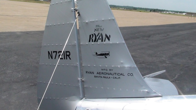 "On the Ramp Right Now:  P-51D ""Swamp Fox"" Visits KCGI  - Page 6 Dsc00221"