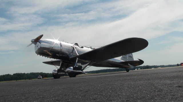 "On the Ramp Right Now: C-47 ""Dawn Bomber"" Oil/Chemical Dispersant Spray Plane at KCGI - Page 6 Dsc00222"
