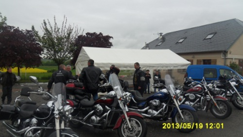 19/05/2013 - barbecue de printemps et balade - Laon (02) Sdc11120