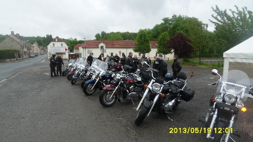 19/05/2013 - barbecue de printemps et balade - Laon (02) Sdc11122