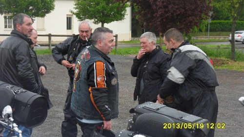 19/05/2013 - barbecue de printemps et balade - Laon (02) Sdc11123