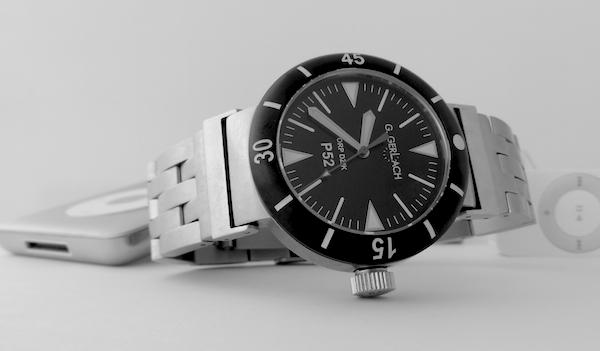 La montre non-russe du Vendredi - Page 10 Dsc03911