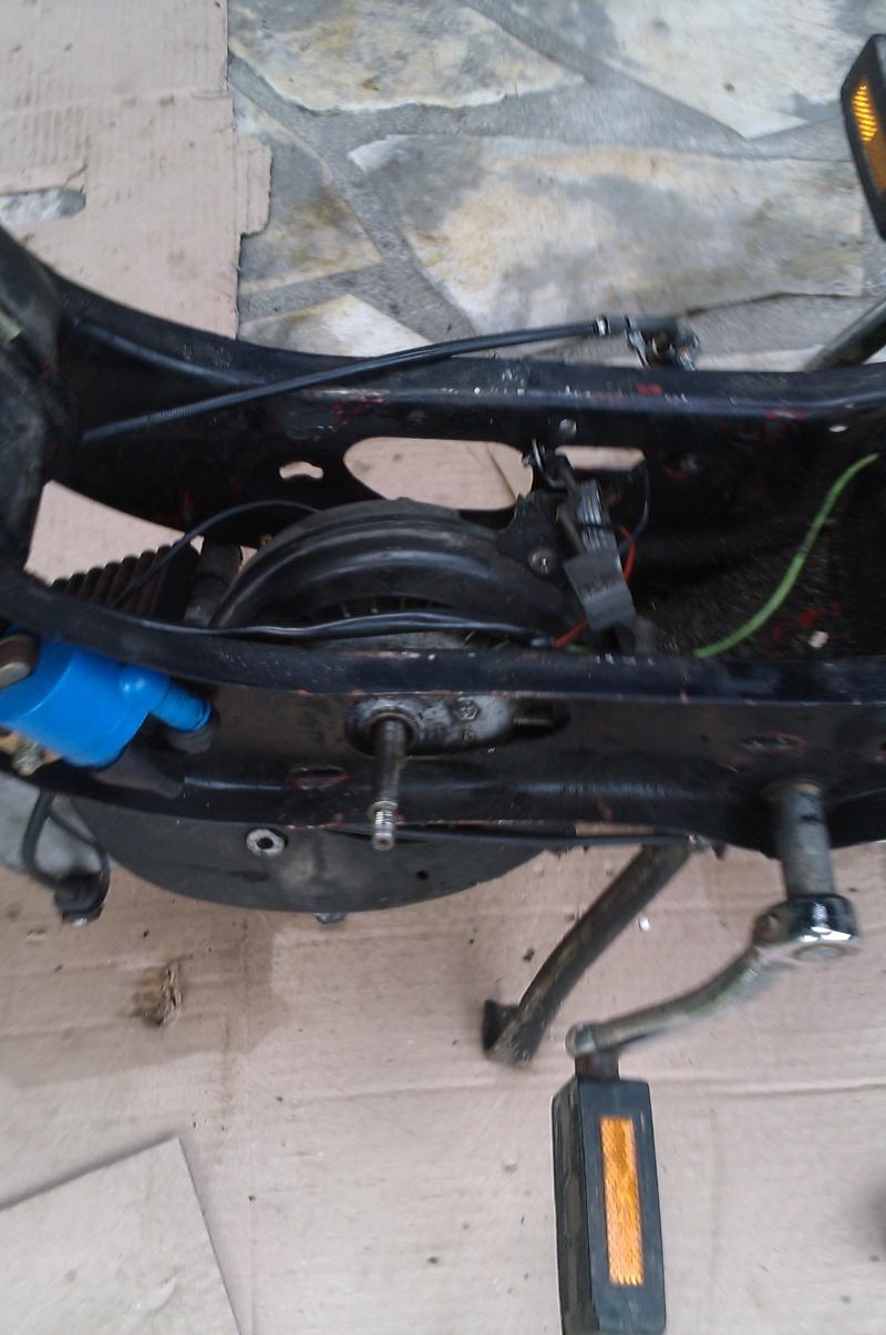 Comment démonter son moteur ? Imag0312