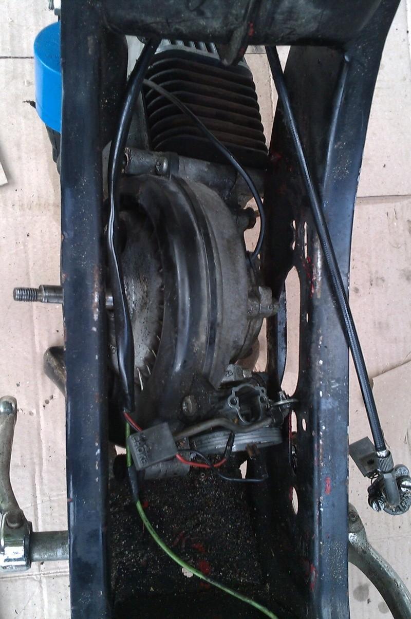 Comment démonter son moteur ? Imag0313