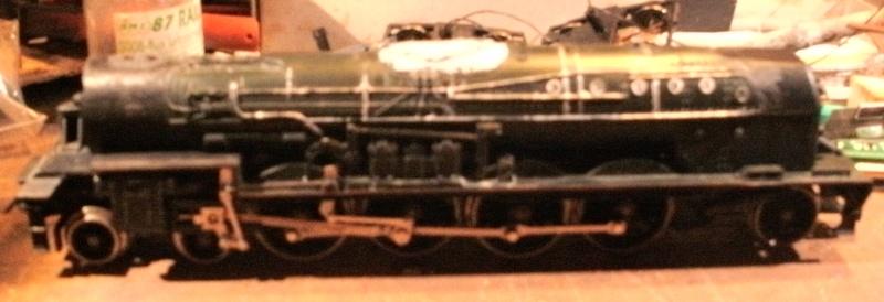 Transformer une 241 P Jouef en 241 C du PLM 5_abri10