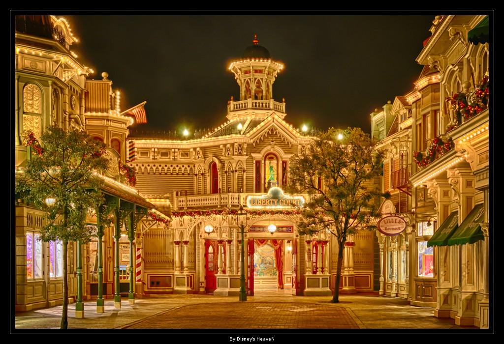 Vos photos nocturnes de Disneyland Paris - Page 2 Dsc06412
