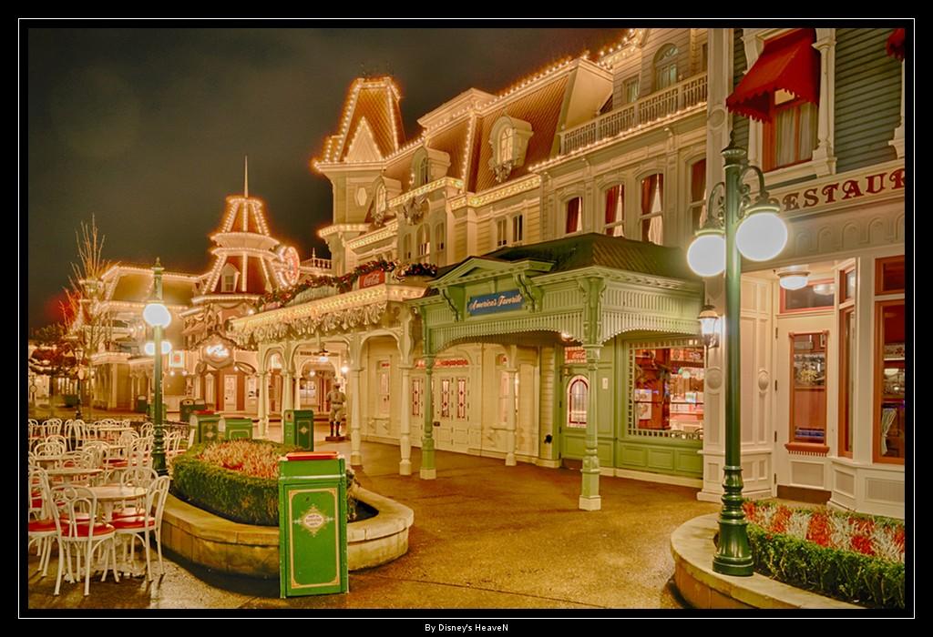 Vos photos nocturnes de Disneyland Paris - Page 2 Dsc06417