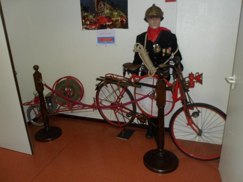 Quand les pompiers étaient à vélo... Pompie10