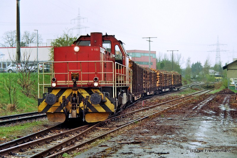 V 152 der HzL (Hohenzollerische Landesbahn) 2013-016