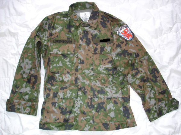 The new Luxembourg ´´ LUX Waldtarndruck ´´ camo Combat Uniform  Lu_wal10
