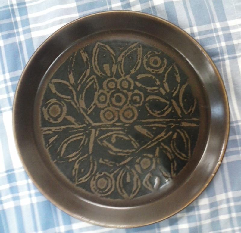 Dark Brown Floral Forma pattern is Tosca Cam00710