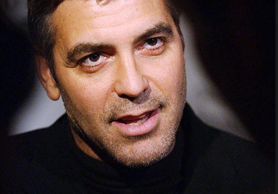 George Clooney George Clooney George Clooney! - Page 6 Batman12