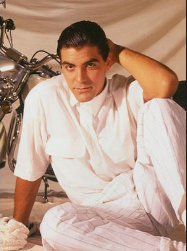 George Clooney George Clooney George Clooney! - Page 6 Batman17