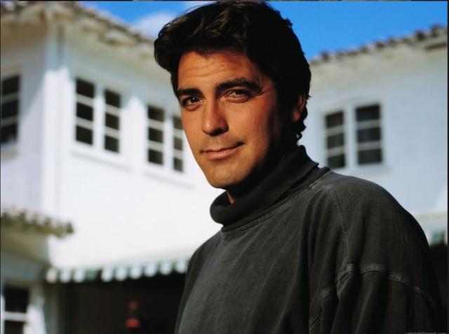 George Clooney George Clooney George Clooney! - Page 3 Cloone20