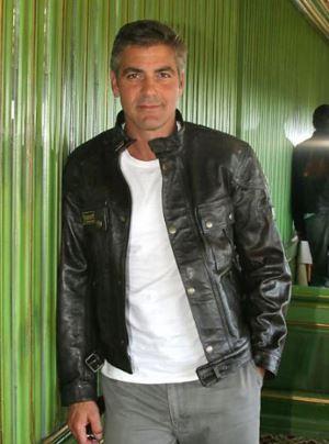 George Clooney George Clooney George Clooney! - Page 6 New_ge18