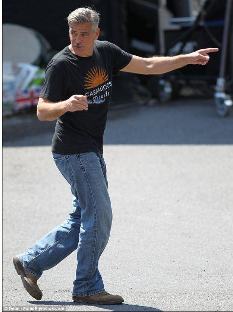 George Clooney filming in Rye  - Page 2 Rye_ge21