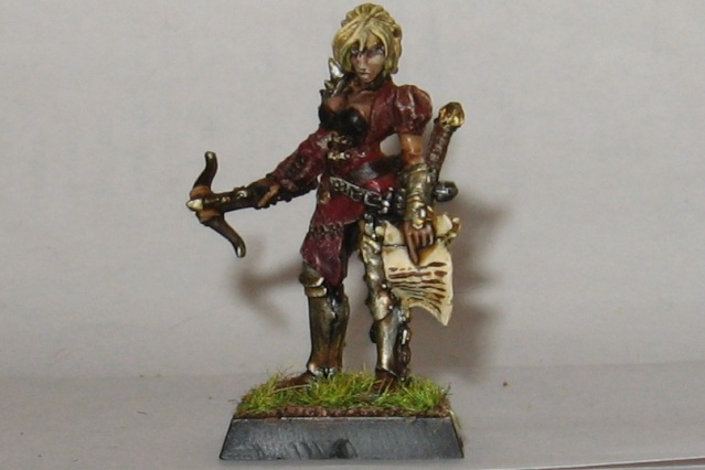 chaos - Assorted heroes from the Empire and Chaos Wastes - Page 3 Female10