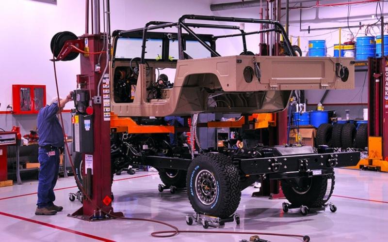 Le nouveau Hummer humvee c series arrive bientôt chez Hummer France  2013-a10