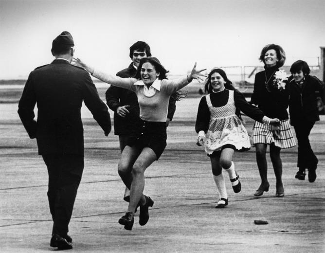 Xem lại những bức ảnh giành giải Pulitzer về chiến tranh Việt Nam 7_copy10